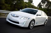 Обзор Toyota Camry Hybrid 2011
